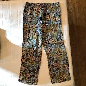 Flowy Loft patterned pants